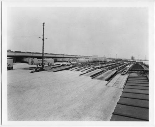 Atchison, Topeka &  Santa Fe Railway Company's circus loading facility - Page