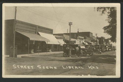 Street scene, Liberal, Kansas - Page