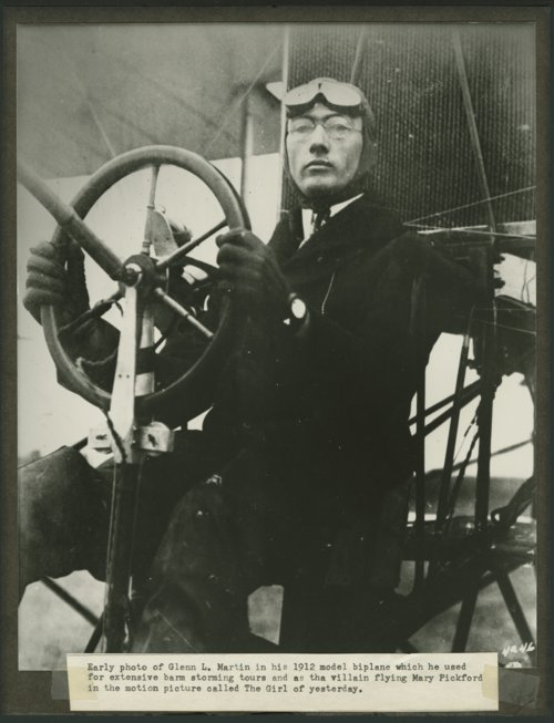 Glenn L. Martin and his 1912 model biplane - Page