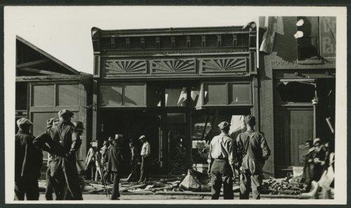 Tornado damage in Liberal, Kansas - Page