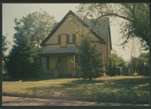 Lee Larrabee's home in Liberal, Kansas - Page