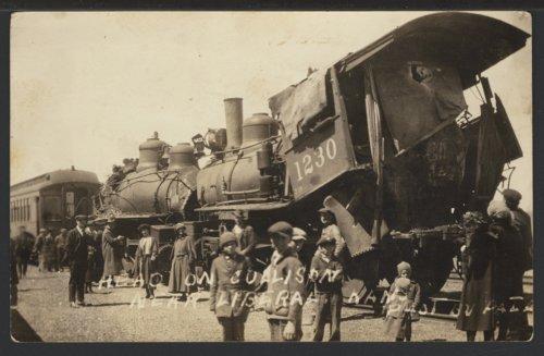 Train wreck near Liberal, Kansas - Page