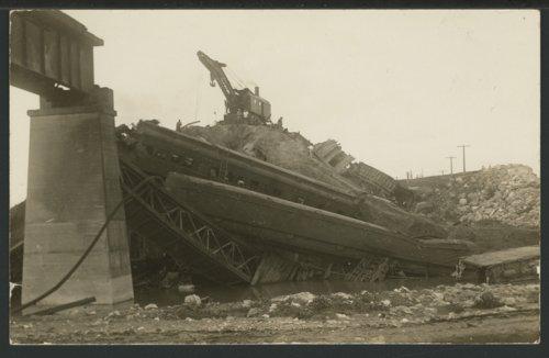 Train wreck in Seward County, Kansas - Page