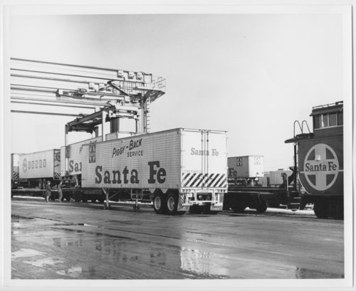 Atchison, Topeka & Santa Fe Railway Company truck trailers - Page