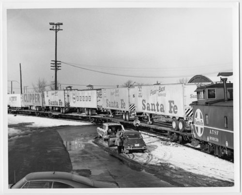Atchison, Topeka & Santa Fe Railway Company's Super C train - Page