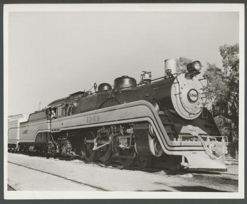 Atchison, Topeka & Santa Fe Railway Company's steam locomotive #1369 - Page