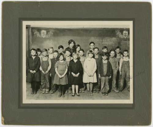 School students in Traer, Kansas - Page