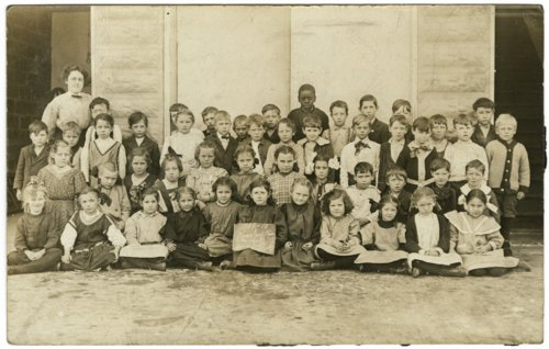 Grade school students in Kinsley, Kansas - Page