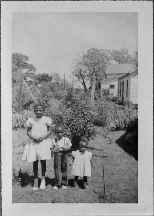 Sharon, John Jr., and Joyce McCray in Wichita, Kansas - Page