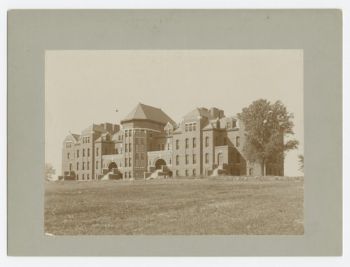 View of the Adair building at the Osawatomie State Hospital, Osawtaomie, Kansas - Page