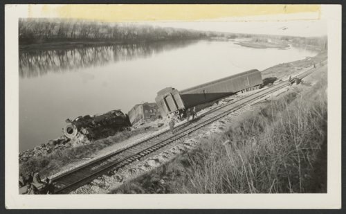 ATSF locomotive #3457 train derailment, Lecompton, Kansas - Page