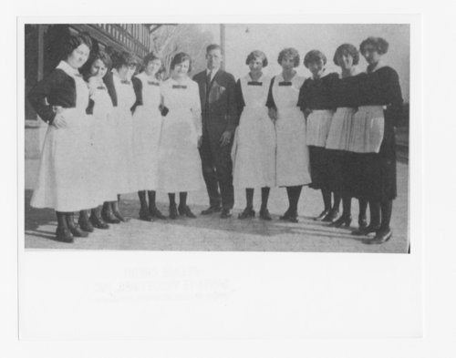 Harvey Girls, Seligman, Arizona - Page