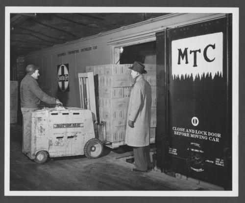 Atchison, Topeka & Santa Fe Railway Company's refrigeration car - Page