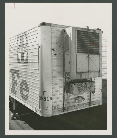 Atchison, Topeka & Santa Fe Railway Company's piggy-back trailer - Page