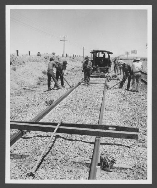 Atchison, Topeka &  Santa Fe Railway Company's resurfacing, Barstow, California - Page