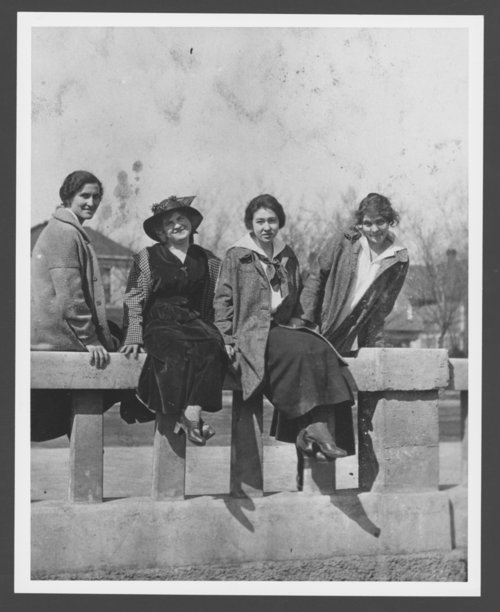 Harvey Girls, Hutchinson, Kansas - Page