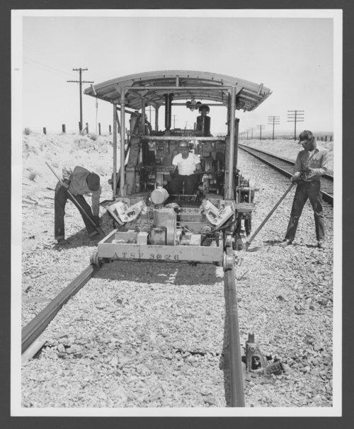 Atchison, Topeka & Santa Fe Railway Company's resurfacing, Barstow California - Page