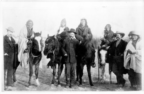 Group of Cheyenne or Sioux Indians on horses - Page