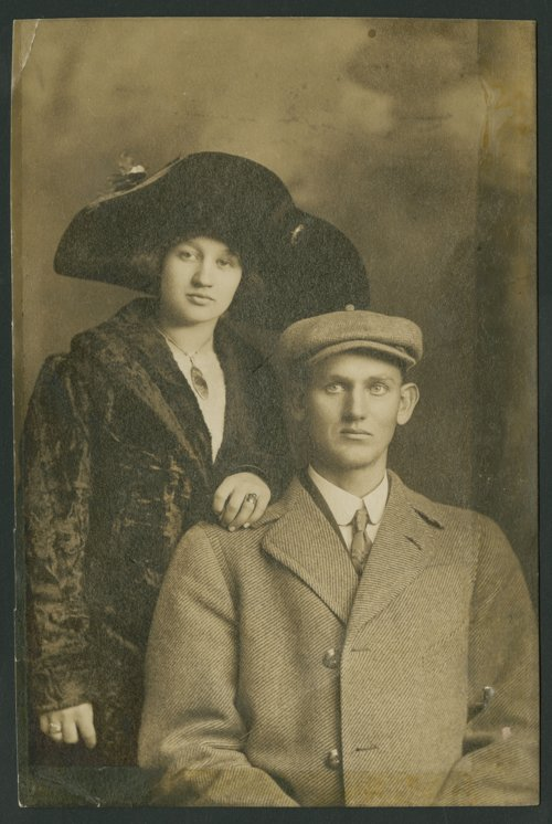 Mr. and Mrs. Willas Beck - Page