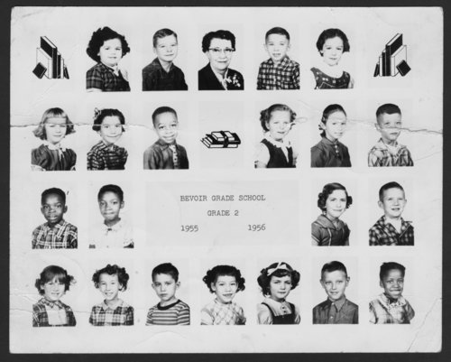 Second grade at Belvoir Grade School in Topeka, Kansas - Page