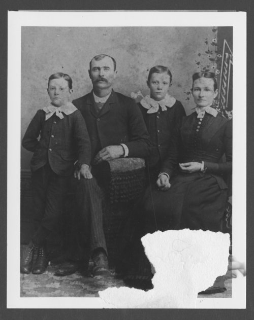 Frank Richard and Olive Jean Richard with their twin sons - Page