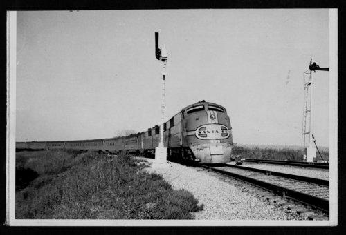 Atchison, Topeka & Santa Fe Railway's diesel locomotive - Page