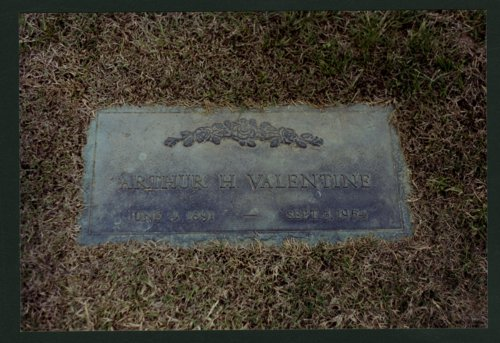 Arthur and Ella Valentine's graves in Wichita, Kansas - Page