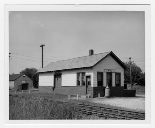 Missouri Pacific Railroad depot, Arma, Kansas - Page