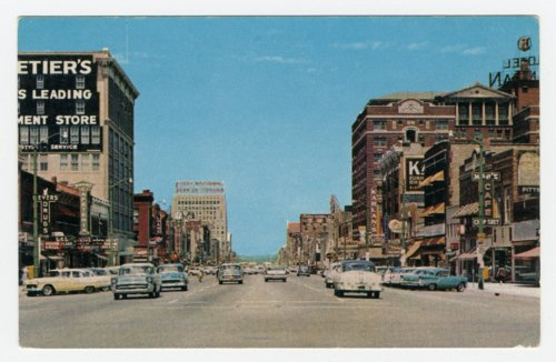900 block of Kansas Avenue looking north in Topeka, Kansas - Page