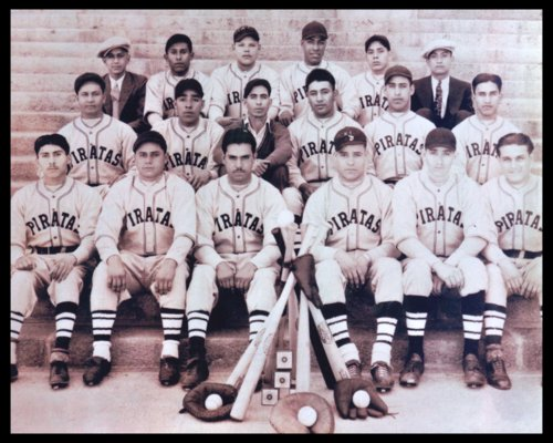 Piratas baseball team in Topeka, Kansas - Page