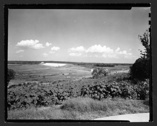 Construction of the Tuttle Creek Dam - Page