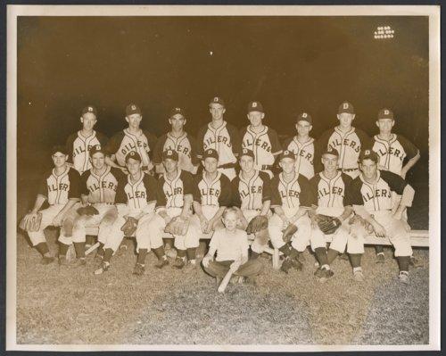 Topeka Decker Oilers semi-pro baseball team - Page