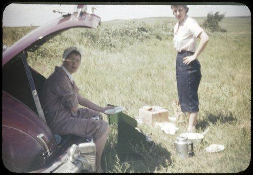 Eva Michaelis and Bertha Havel on a fishing trip - Page