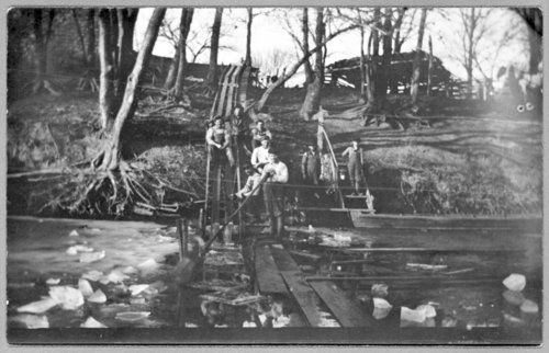 Cutting ice on the Henry Graves farm - Page