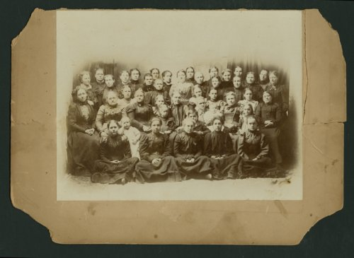 Group of women and children in Mount Hope, Kansas. - Page