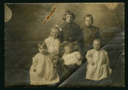 Hicklin, Whiting and Pierce children in Mount Hope, Kansas - Page