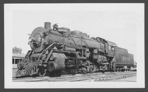 Atchison, Topeka & Santa Fe Railway Company's steam locomotive #4004 - Page