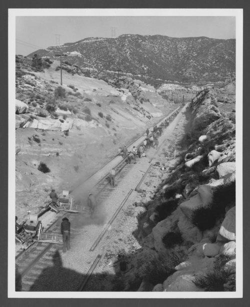 Atchison, Topeka & Santa Fe Railway Company tracks - Page