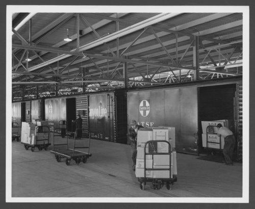 Atchison, Topeka & Santa Fe Railway Company boxcars - Page