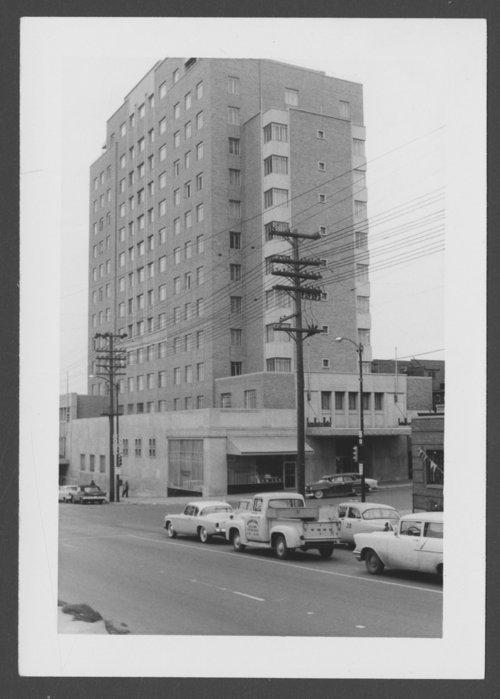 Town House Hotel in Kansas City, Kansas - Page