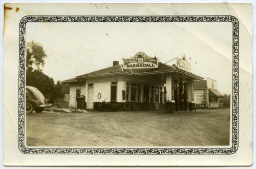 Coffman service station in Topeka, Kansas - Page