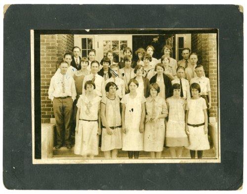 School group in Harveyville, Kansas - Page