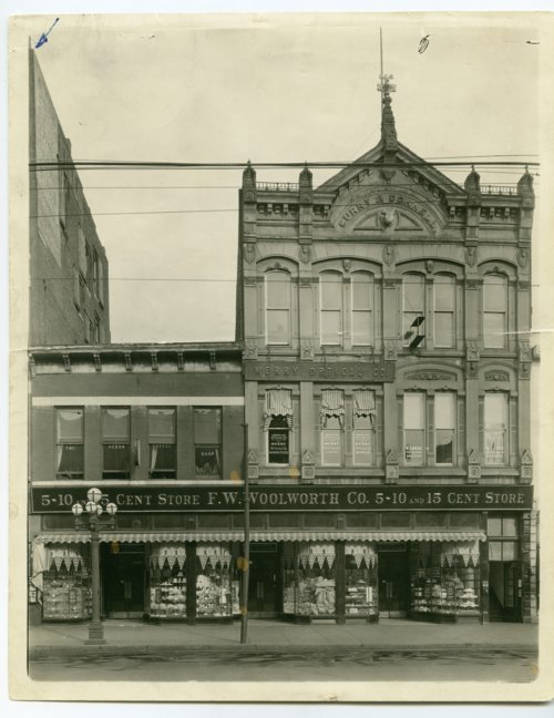 F. W. Woolworth Company 5-10 and 15 cent store in Topeka, Kansas - Page