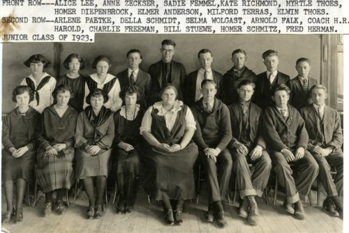 Alma High School Junior Class of 1923 - Page