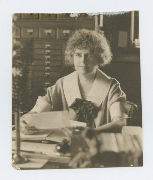 Edna Corbet - Page