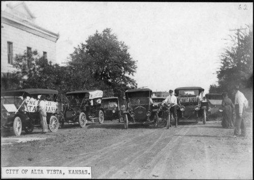 Chautauqua parade in Alta Vista, Kansas - Page
