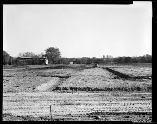 Museum construction scene, Topeka, Kansas. - Page