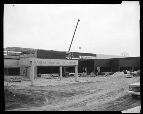 Museum construction scene, Topeka, Kansas - Page