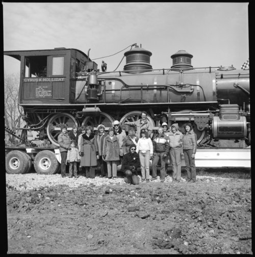 Moving the Cyrus K. Holliday train to the museum, Topeka, Kansas - Page