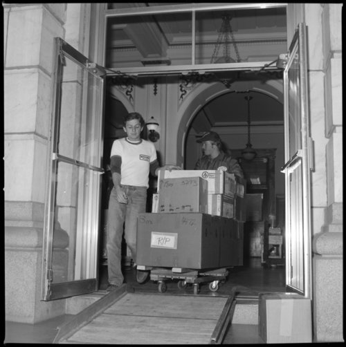 Packing and moving to the new museum, Topeka, Kansas - Page